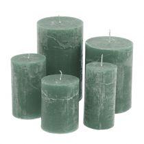 Bougies vertes teintées dans la masse différentes tailles