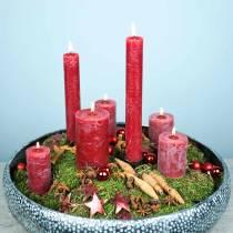 Bougies de couleur unie rouge foncé de différentes tailles