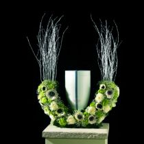 Demi-anneau urne fleuri mousse H29cm Ø47cm 1pc bijoux de deuil